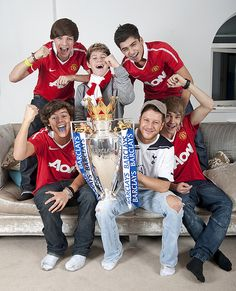 X Factor finalists One Direction and Matt Cardle