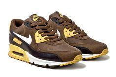 "Nike Air Max 90 ""Mighty Hawks"""