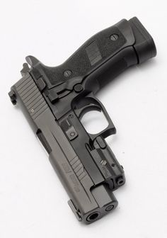 Sig Sauer P226: Every day carry #pistol #handgun #weapon