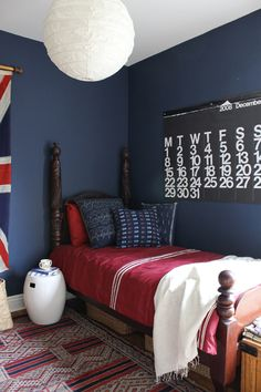 Google Image Result for http://theinspiredroom.net/wp-content/uploads/2012/04/red-white-and-blue-nautical-boys-bedroom.jpg