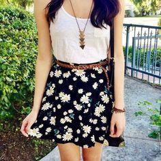 shirt t-shirt skirt daisys flowers floral skater skirt necklace gold top.