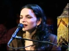 ▶ A+++ Norah Jones Help Me Make It Through The Night Slow - YouTube