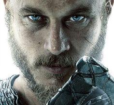 Vikings   Ragnar Lothbrok   Travis Fimmel