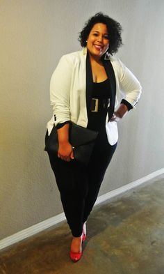 Designer trendy fashion clothing in larger sizes for curvy women work outfits