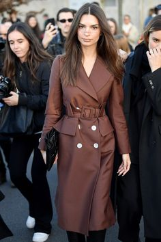 Emily Ratajkowski's Milan Fashion Week Wardrobe Is Built Around Luxe Outerwear | British Vogue