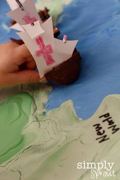 Columbus Day fun map project for kids