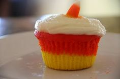 Candy Corn Cupcakes are too cute for Halloween!