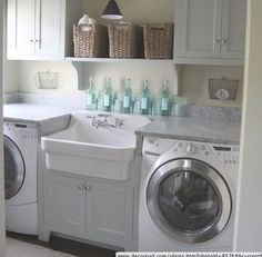 I want to have a laundry room just like this when I have my own house, even if it means renovating a little!