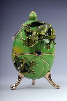 FABERGE Frog trinket box by Keren Kopal Swarovski Crystal Jewelry - Each item is made of pewter