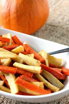 Roasted Parsnips and Carrots with Maple Syrup and Cardamom for #SundaySupper - Unprocessed foods. www.kudoskitchenbyrenee.com