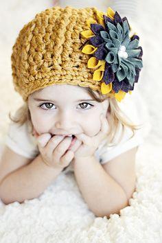 crochet hat, little girls, crochet projects, pattern, knit hat, flower tutorial, make flowers, felt flowers, christmas gifts