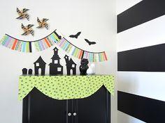 design sprinkle: Paper Halloween Display! Haunted Houses