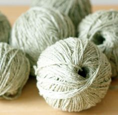 I haven't knit in awhile so I need to refresh my memory of how to wind a yarn-ball.