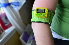 Tutorial:  Coozie iPod/Pedometer Holder