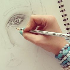 My favorite thing in the whole world... drawing)