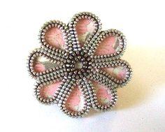 MAKE THIS: Flower Zipper Brooch