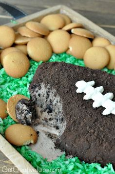 Cookies and Cream Football Party Dip