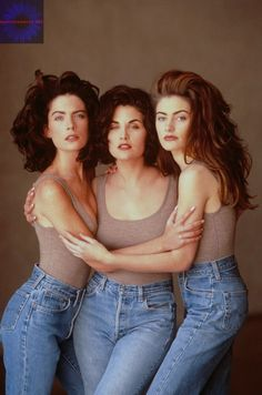 Twin peaks girls. Awesome.