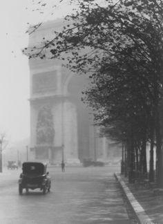 William C Odiorne, Parision Portfolio, 1920's  /  Tumblr