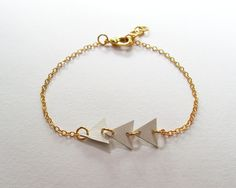 My DIY: Trio Leather Triangle Bracelet with Gold Color Chain by starryday