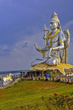 Lord Shiva - Murudeshwar in Karnataka!