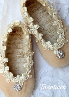Todolwen: Sweet Decorative Baby Shoes ...