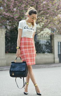 pink flowers, plaid, bag, outfit, graphic tees, graphics, fashion blogger, pencil skirts, shirt