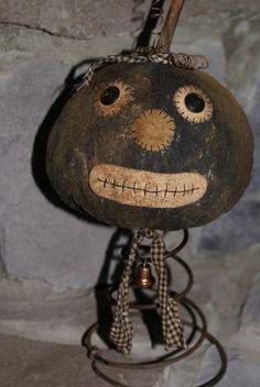 primitive folk art retro pumpkin head nodder for Halloween