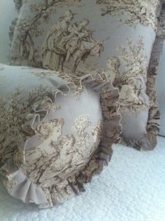 blog display, pillow, ghosts, french country, french countri, cushion, normandi toil, maison decor, decor blogs