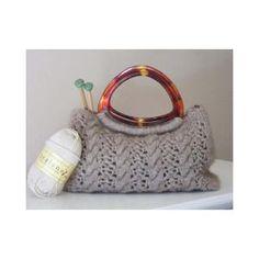 Handbag FREE knitting pattern from Vogue Knitting