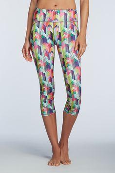 geometric prints, workout capris, lima capri, workout apparel