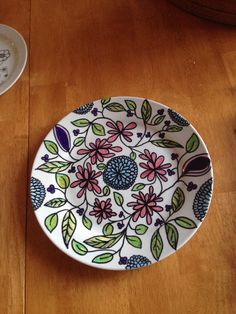 Sharpie painted plate Flowers leafs
