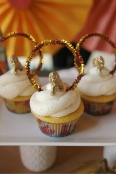 Circus Party cupcakes - Lions jumping through ring of fire! ;)