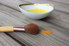 DIY Nourishing Tumeric Mask Recipe