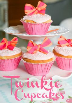 Twinkie Cupcakes with Pink Cherry Frosting via @Bloombainbridge