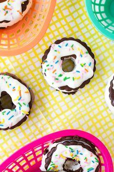 Delicious! DIY Ice cream sandwich donuts.