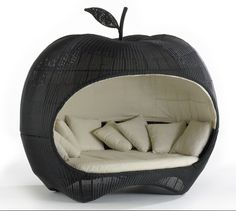 Apple day bed