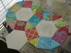 "English Paper Piecing - Pattern - Rings - Using 1"" Hexagons, 1"" Squares and 1"" Triangles - I am enchanted with this English Paper Piecing design."