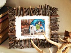 #DIY rustic frame for #FathersDay. Family craft for Dad.  #kidscraft