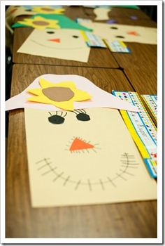 The Littlest Pilgrim, Symmetrical Turkeys, and Scarecrows�OH MY!