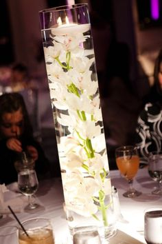 White Centerpiece Fall Spring Summer Winter Wedding Flowers Photos & Pictures - WeddingWire.com