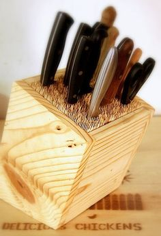 DIY Universal Knife Block : Organize your knives.