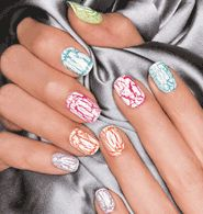 Mosaic Effects Top Coat in White