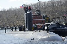 The Los Angeles-class attack submarine USS Alexandria (SSN 757) makes its way up the Thames River to Submarine Base New London. (U.S. Navy photo by John Narewski/Released)