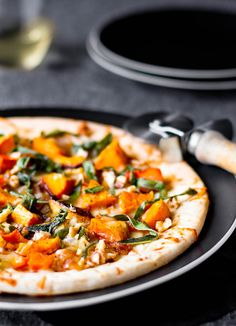 Butternut Squash & Caramelized Onion Flatbread via Oh My Veggies