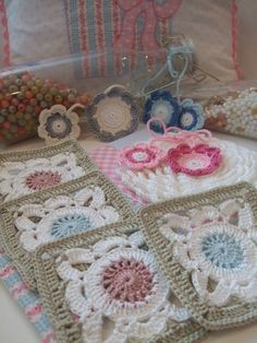 color schemes, color combos, crochet squares, afghan, pretti color, granny squares, granni squar