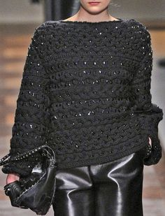 valentino      ♪ ♪ ... #inspiration #crochet  #knit #diy GB