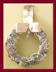 Vintage jewelry wreath jewelri wreath