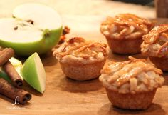 easy recipe for mini apple pies on www.CherylStyle.com