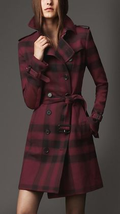 Burberry Mid-Length Check Trench Coat